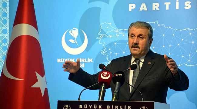 """BBP Genel Başkanı Destici: """"Sağlık çalışanlarına yönelen şiddet eylemlerinin en ağır şekilde cezalandırılması artık bir zaruret"""""""