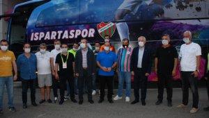 Belediye Başkanı, Isparta 32 Spor'a otobüs hediye etti