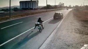 Bolu'da otomobile çarpan motosikletin sürücüsü ağır yaralandı