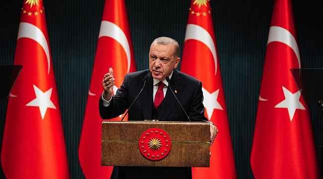 """Cumhurbaşkanı Erdoğan: """"Kıbrıs ve Doğu Akdeniz'de sırf Türkiye'ye olan husumetlerinden dolayı, bölgemizde ve dünyanın dengelerini altüst etmeye çalışanlar aslında kendi sonlarını kendi elleriyle hazırlıyorlar."""""""