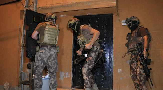 El bombalı, uzun namlulu silahlı, çelik yelekli çeteye 500 polisle baskın