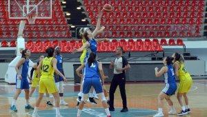 Erciyes Cup: İzmit Belediyespor:54 - Fenerbahçe:71
