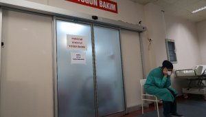 Fedakar sağlık çalışanlarının pandemi ile mücadelesi objektiflere yansıdı