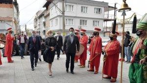 Gagauzya'nın ilk Türk kadın Başkanı'na mehterli karşılama - Bursa Haberleri