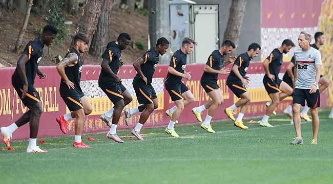 Galatasaray'da Başakşehir maçı hazırlıkları başladı