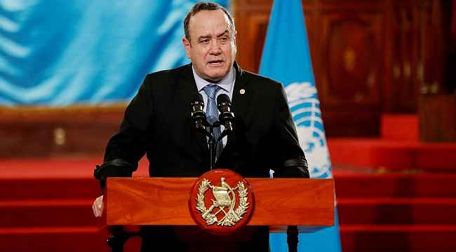 Guatemala Devlet Başkanı Giammattei Covid-19'a yakalandı
