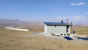 Günbaşı'nın güneş enerji panelli sıvatları tamamladı