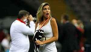 Hajduk TV spikeri, Galatasaray maçında güzelliğiyle büyüledi