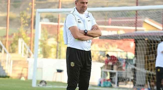 """Hamza Hamzaoğlu: """"Üzerine koyarak giden bir takım durumundayız"""""""