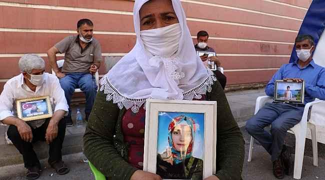 HDP önündeki ailelerin evlat nöbeti 385'inci gününde