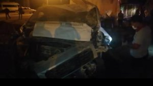 Iğdır'da filyasyon ekibinin taşındığı minibüs kaza yaptı: 3 yaralı