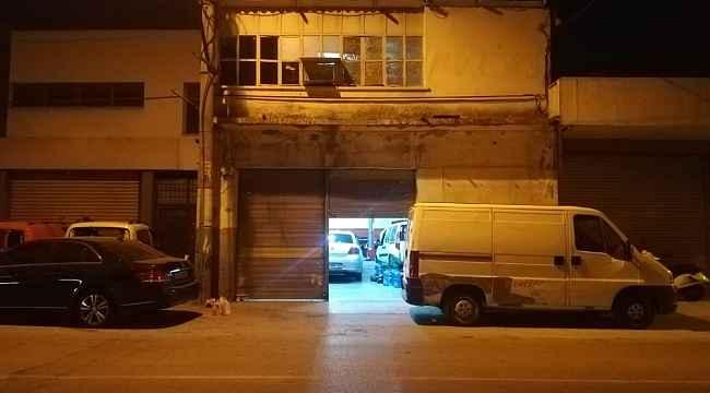 İzmir'de alacak verecek meselesi yüzünden silahla vurulan kişi ağır yaralandı