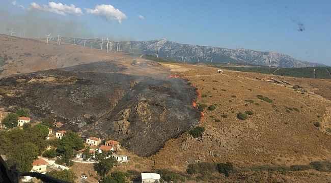 İzmir'de otluk alanda çıkan yangın kontrol altında