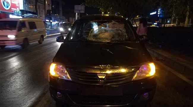 İzmir'de otomobilin çarptığı kişi ağır yaralandı