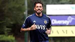 """Jose Sosa: """"Fenerbahçe'de olmaktan dolayı çok gururluyum"""""""
