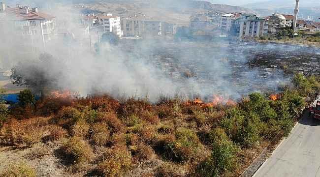 Karabük'te mezarlıkta çıkan yangın korkuttu