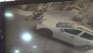 Kaza ânı saniye saniye kameraya yansıdı - Bursa Haberleri