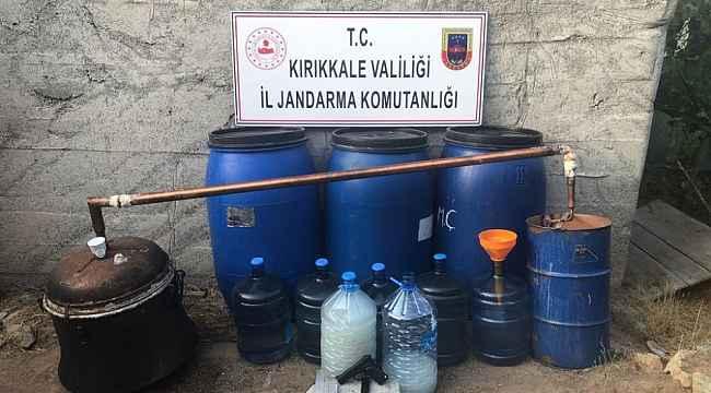 Kırıkkale'de kaçak rakı operasyonu: 950 litre ele geçirildi