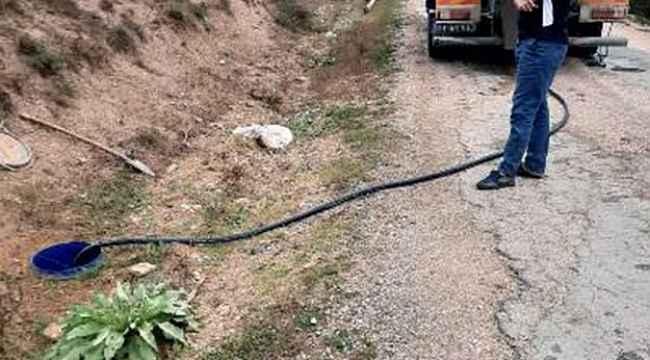 Köylerde yaşanan kanalizasyon sorunları vidanjör desteğiyle çözüldü
