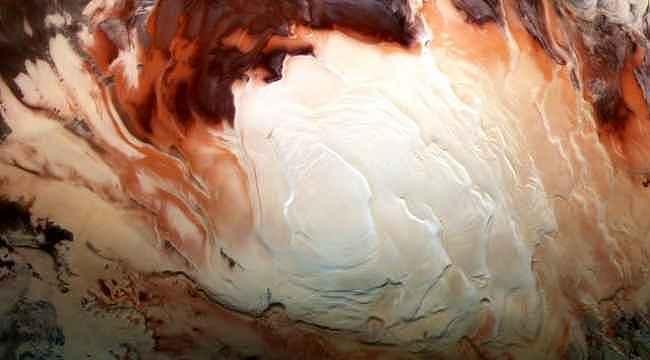 Mars'ın güney kutbunda dört yer altı gölü keşfedildi