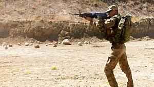 Mehmetçiğe kesintisiz atış imkanı sunan makineli tüfekler kullanımda
