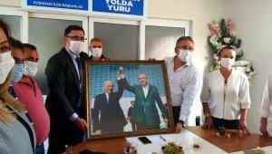 MHP Kuşadası ilçe yönetiminden, AK Parti'nin yeni yönetimine ziyaret