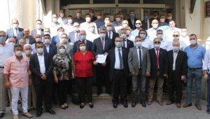 MHP'li Alıcık mazbatasını aldı, görevine resmen başladı