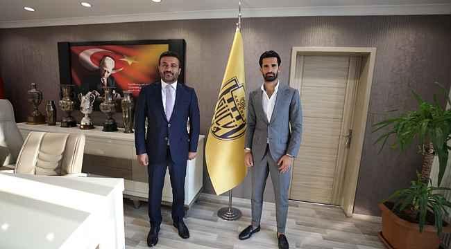MKE Ankaragücü, Alper Potuk ile anlaştı
