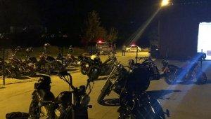 Motosikletçilerin etkinliğinde 24 kişiye 21 bin 600 TL ceza