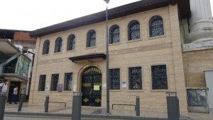 Müezzin korona virüs oldu, camii geçici olarak ibadete kapatıldı