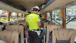 Ortaca'da yolcu araçlarına koronavirüs denetimi