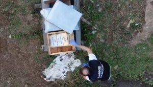 Polis drone ile takip edip arı kovanını içinde uyuşturucu ve silah ele geçirdi