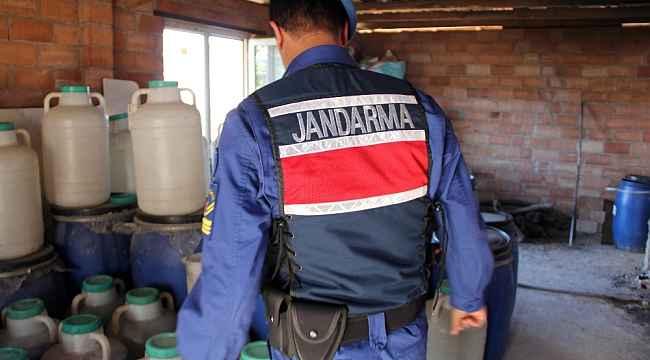 Polis ve jandarma zehir tacirleri ve kaçakçılara göz açtırmadı
