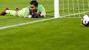 Rennes, Uğurcan Çakır için teklifini 17 milyon euroya çıkardı