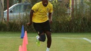 Sakatlığı atlatan Tetteh Trabzonspor maçında oynayacak