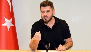 Salmanoğlu, Türklerin nasıl beklenen bir millet olduğunu anlattı