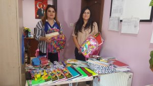 Şeker Mahallesi Muhtarı Canan Arı'dan eğitime destek