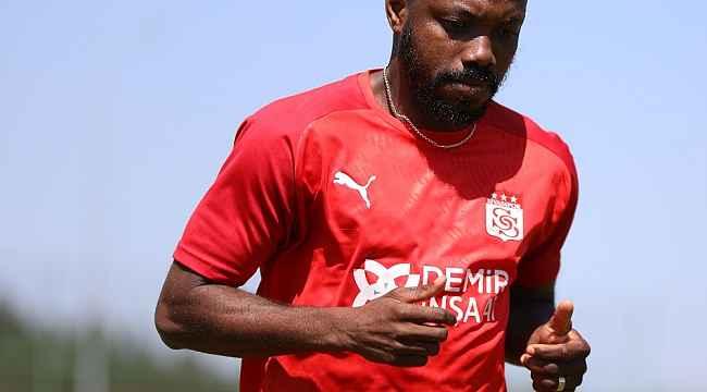 Sivassporlu Traore, Giresunspor'a transfer oldu