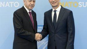 """Stoltenberg: """"Hem Türkiye hem Yunanistan değerli müttefikler"""""""