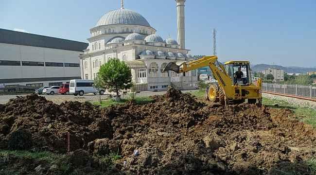 Trabzon Arsin OSB'de yer altı kablolu enerji nakli için ilk kazı çalışmaları başladı