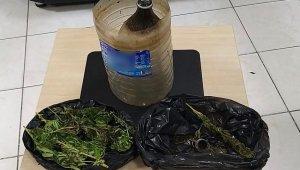 Uyuşturucu kullanmaktan 3 kişi gözaltına alındı