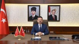 Vali Aksoy, Başvekil Adnan Menderes'i andı