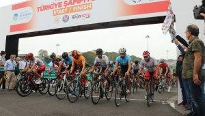 Yol Bisikleti Türkiye Şampiyonası 'Yol Yarışı' etabı başladı