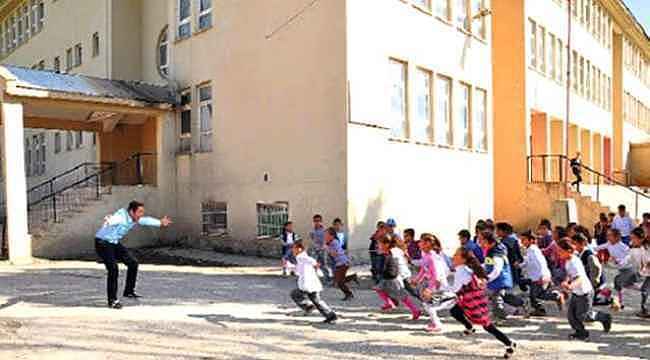Yüz yüze eğitim anasınıfı ve ilkokul 1'inci sınıflarda bugün başlıyor