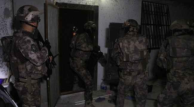 Adana'da PKKKCK operasyonu: 5 gözaltı