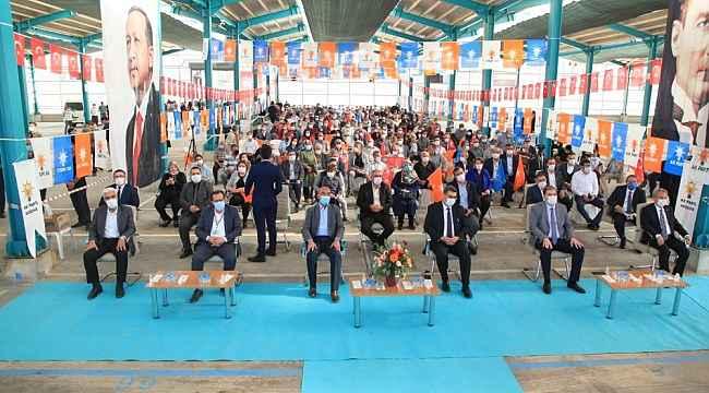 AK Parti Yunak ve Akşehir ilçe kongreleri yapıldı