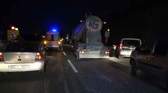 Arnavutköy'de hafriyat kamyonuyla otomobil çarpıştı: 1 yaralı