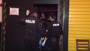 Ataşehir'de koronaya aldırmadan parti yapan eğlence merkezine baskın: 49 kişiye ceza kesildi
