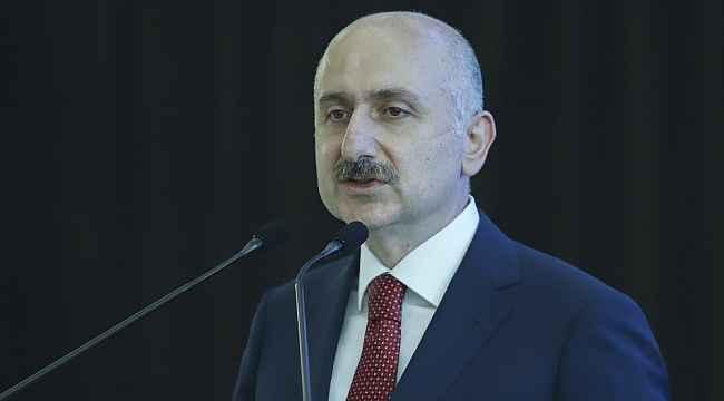 """Bakan Karaismailoğlu """"Uçuş Rehberim"""" uygulaması tanıtım programına katıldı"""