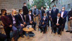 Bakan Soylu'dan teröristlerin katlettiği vatandaşların ailelerine taziye ziyareti